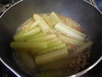 フキの炒め煮