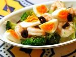 海老とブロッコリー、ゆで卵のサラダ