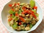 鶏挽き肉入り野菜炒め