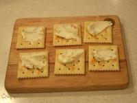 クリームチーズと生ハムのカナッペ