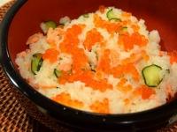 鮭といくらときゅうりの散らし寿司